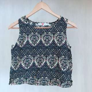 Never been kissed | sleeveless top | size : small