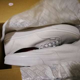 Vans shoes brand new, authentic