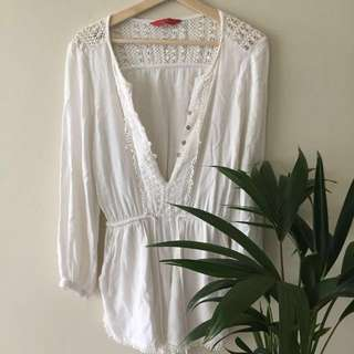 Tigerlily White Playsuit Size 8 (S-M)