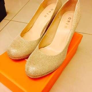 🚚 ORIN 金銀色 高跟鞋👠 8.5號
