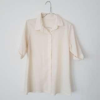 Broken white short blouse