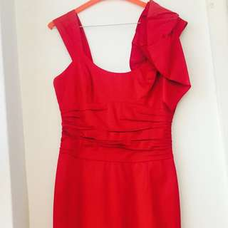 Cue Red Dress Ruffle Shoulder Size 8