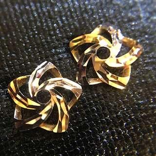 超閃 靚靚 18K 3色金 星星🌟 耳環 🌟