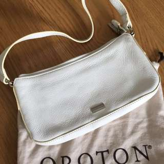 Genuine Leather Oroton White Women / Ladies Shoulder Handbag with Dustbag