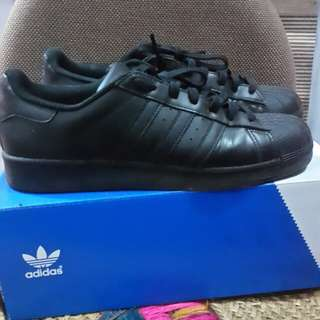 Sepatu Adidas Superstar black
