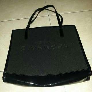 Givenchy parfums bag