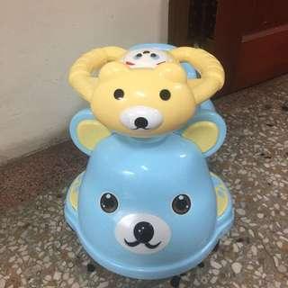 音樂小熊學習尿尿便便車