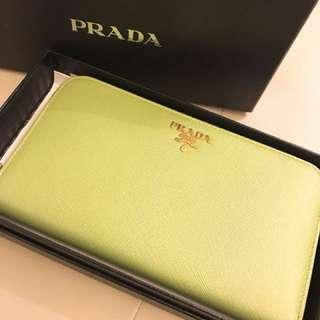 PRADA 銀包 100% new & real