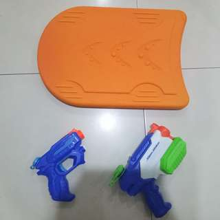 Swimming Set (2 Nerf water guns and 1 swimming board)
