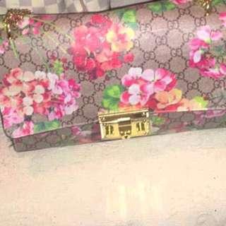 Gucci bloom hangbag