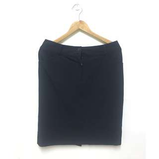 THEME 雙口袋黑色OL窄裙
