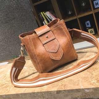 Bulk Strap Bag