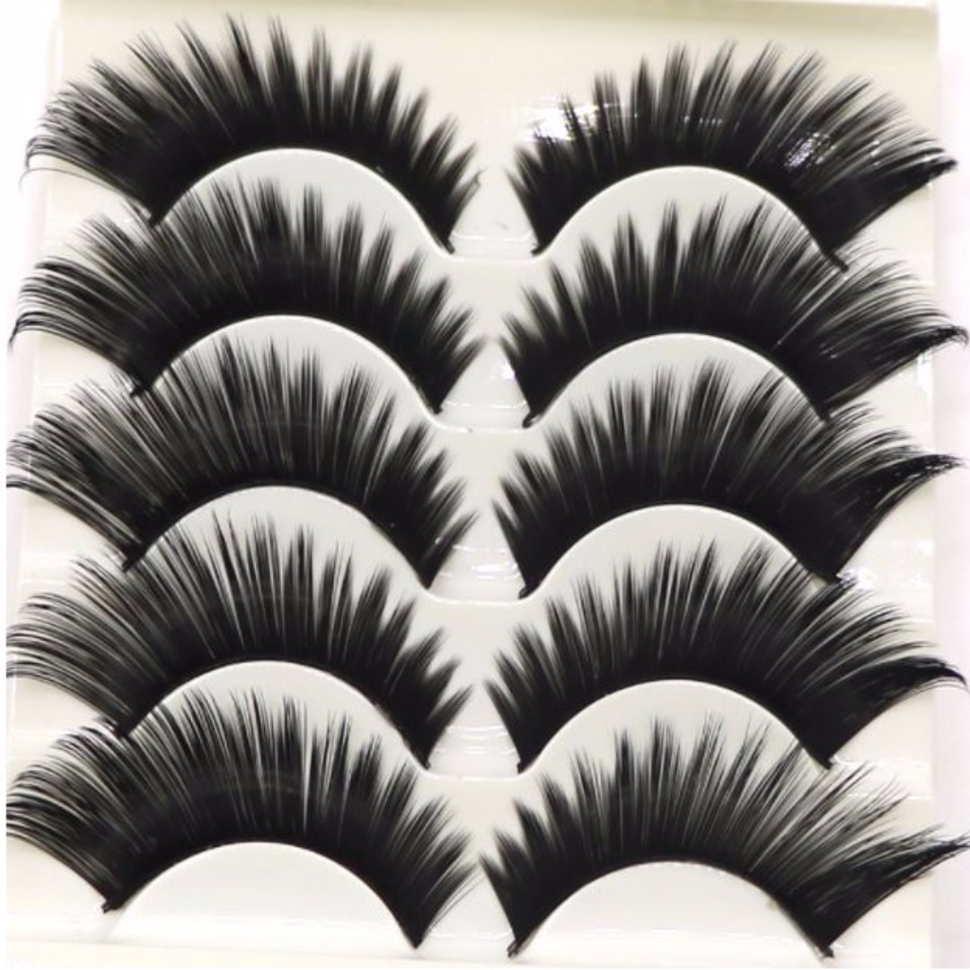 5 pairs of False Eyelashes