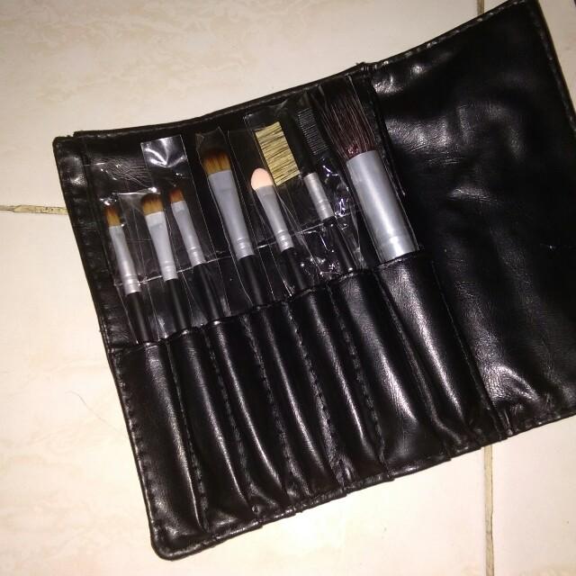 7pcs make up brush (sale)