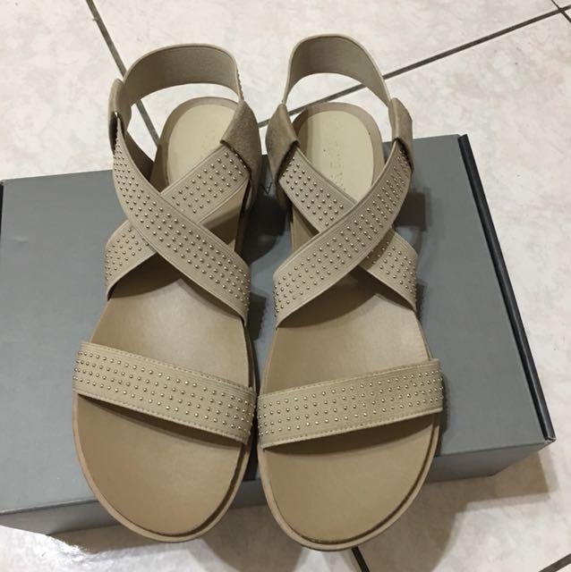 達芙妮涼鞋(含運)