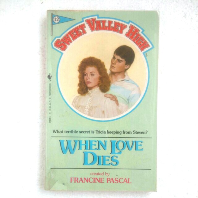 Vintage Book Novel Sweet Valley High 12 When Love Dies Books