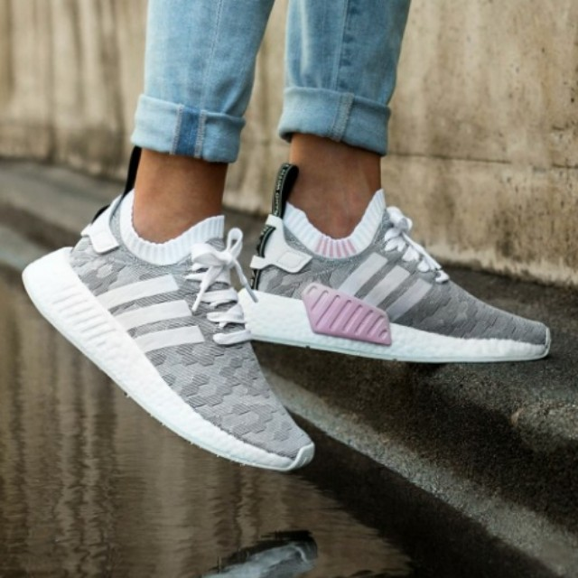 posterior Aire acondicionado Acumulativo  Adidas NMD R2 PK W Honeycomb White Pink Tab, Women's Fashion, Shoes on  Carousell