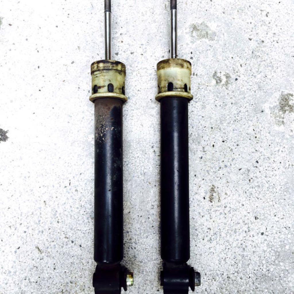 BMW  X5 後避震器 ~ 無漏油