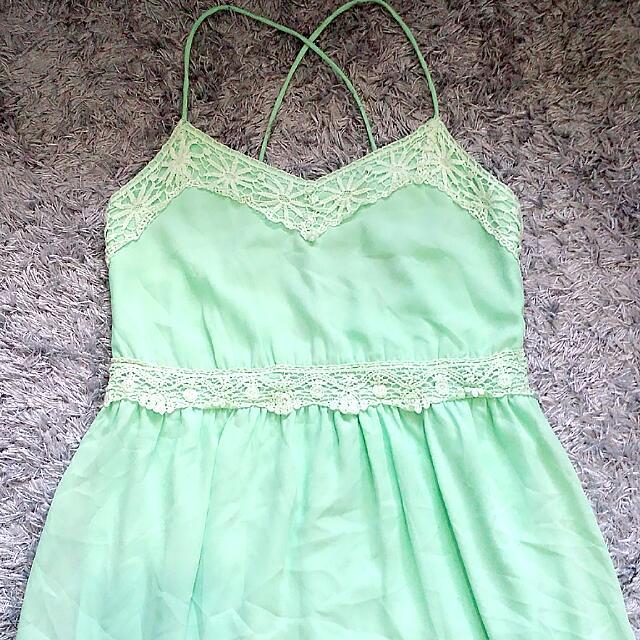 Criss-cross strap midi dress