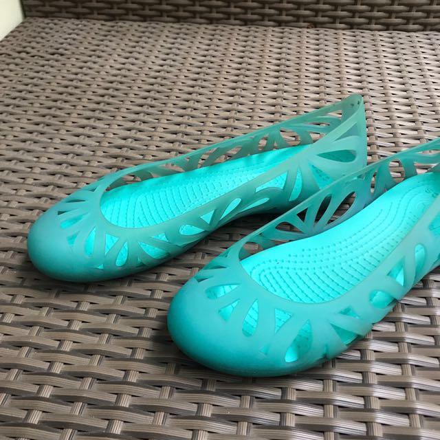 28fbd46f1f4d Crocs Adrina Flat Casual Shoes