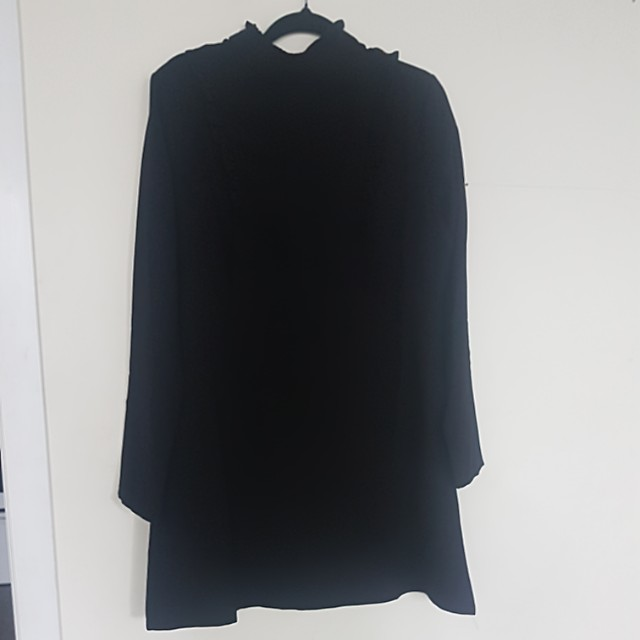 Cute black dress size 10