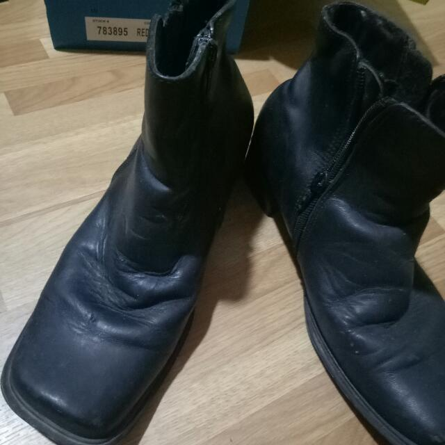 Gibi leather Black Boots