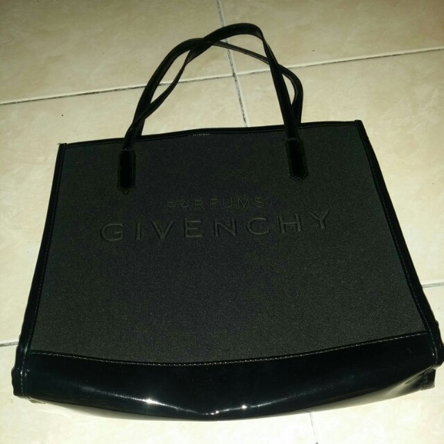 Givenchy parfums bag