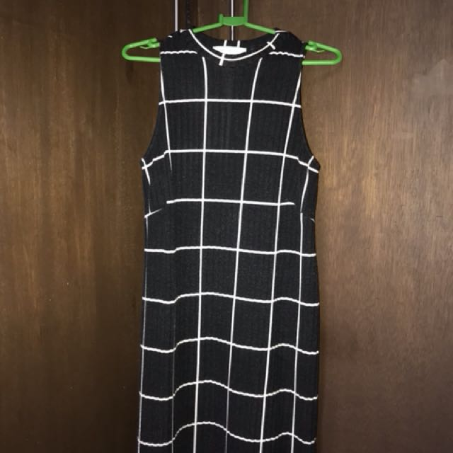 GTW urban dress size L