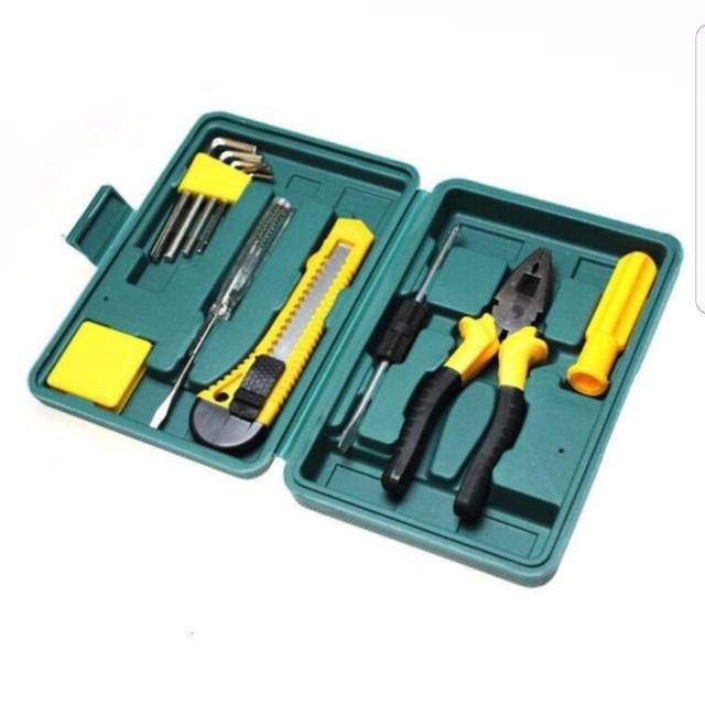 Hand tools for car repairing
