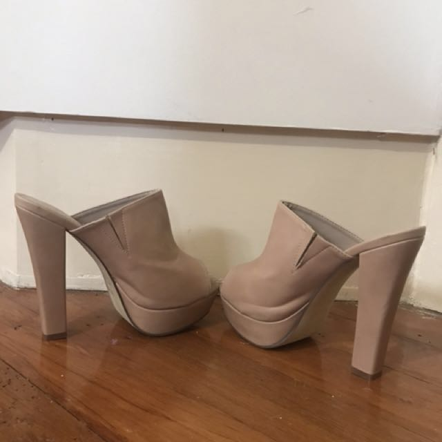 High heels Nude (also available in Black) Size 8