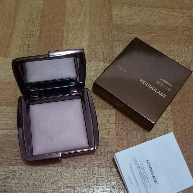 Hourglass Ambient Powder (Moon Light)