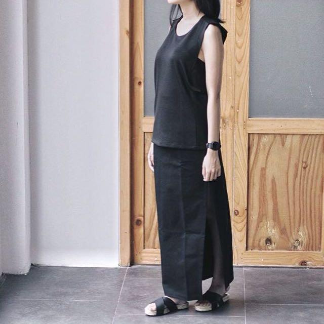 IDENTITE LONG DRESS DARK GREY