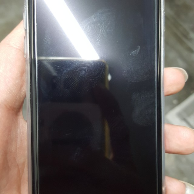 Iphone 7 128gb looking for fast deal