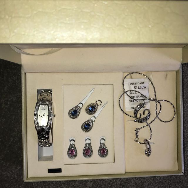 Jean Marc Jewellery gift set