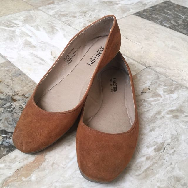 Kenneth Cole doll shoes