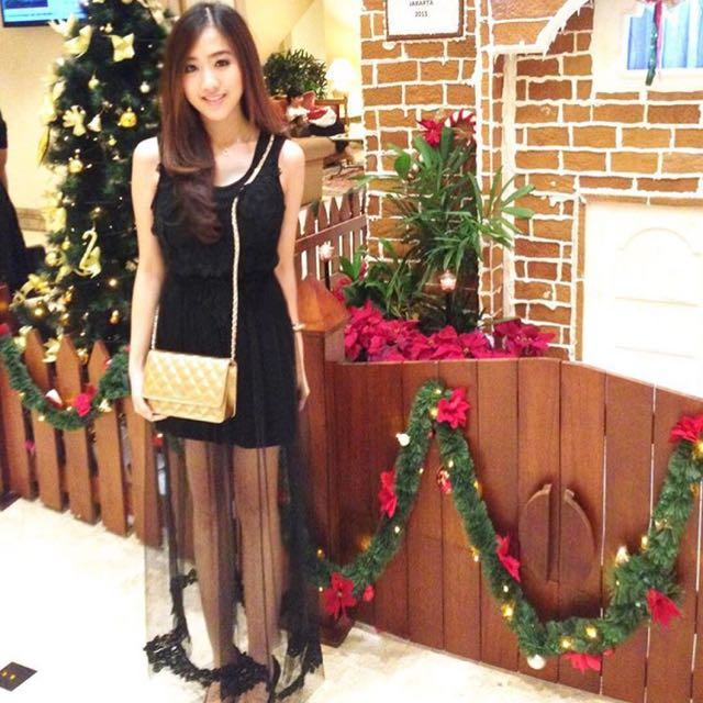 Korean Dress (Black/White)