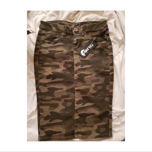 MILITARY STYLE PENCIL SKIRT