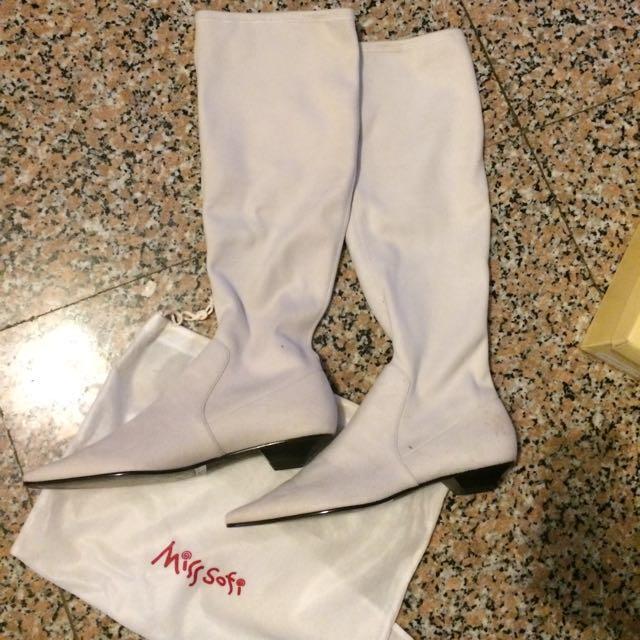 Miss Sofi 米白長筒平底窄靴37.5號