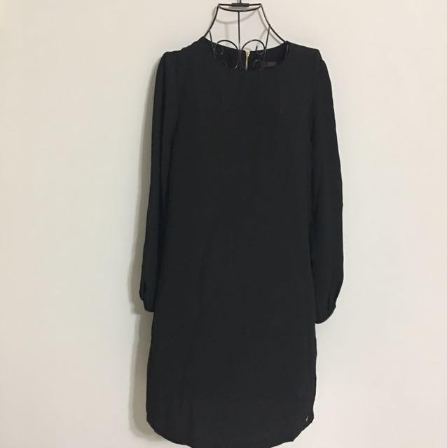 🌹NEW - Long sleeve BLACK Dress