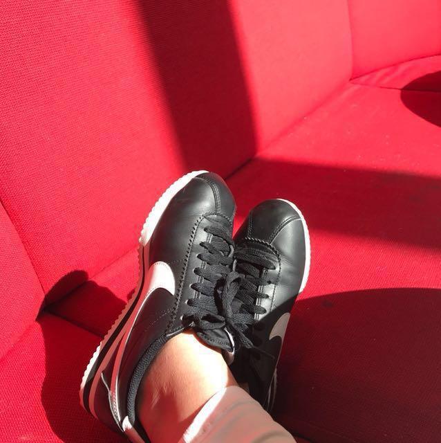 Nike Cortez Black and White