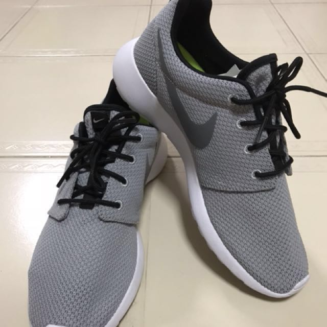 the best attitude b4eb5 ea9b3 Nike Roshe One Essential iD Womens Shoe MYNIKEiDs, Womens Fashion, Shoes  on Carousell