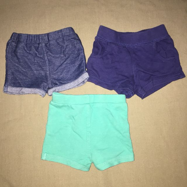 Preloved baby shorts 6months