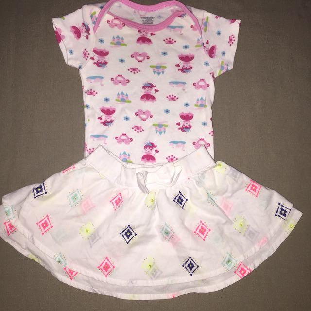 Preloved onesies & skirt 0-6months