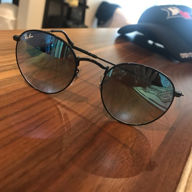 *Price Reduced* Round Ray Bans