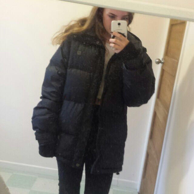 *PRICE REDUCED* SNOWBOARDING JACKET