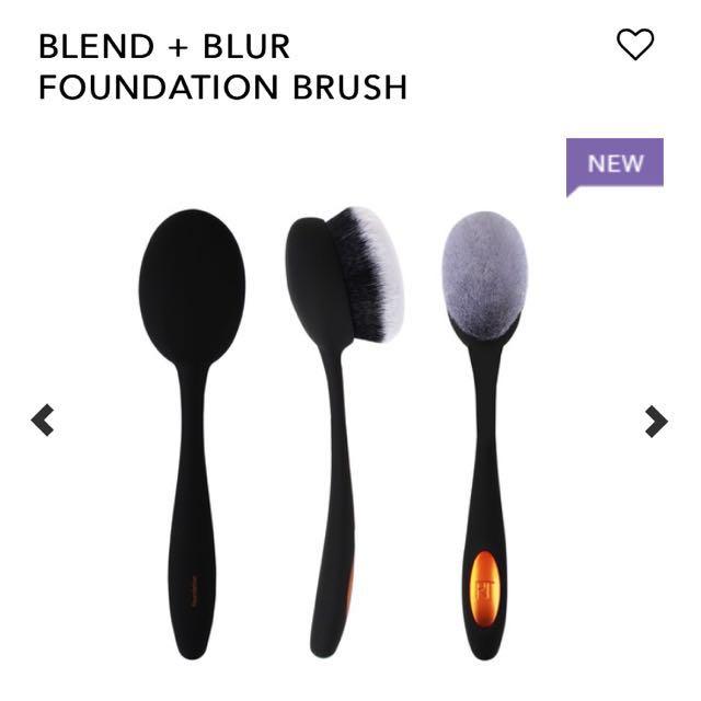 Real Technique Blend n Blur