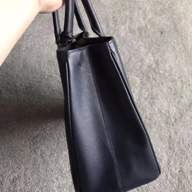 5a717f1687ef SALE! Authentic Prada Galleria bag killer bag sling bag Tote