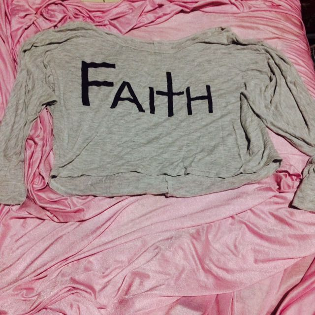 Semi Crop Top Faith
