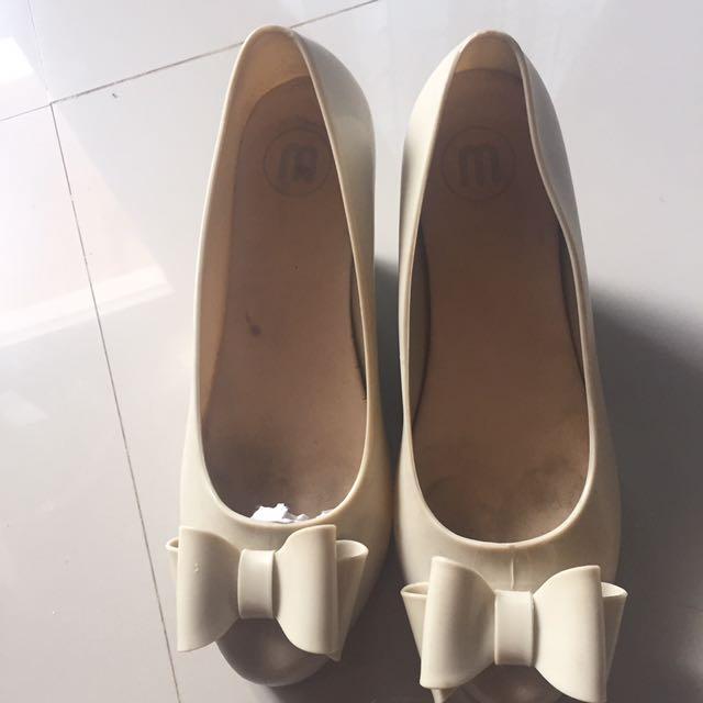 Sepatu Jelly Fashion