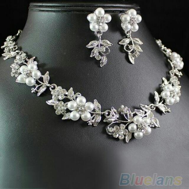 Set Necklace And Earing